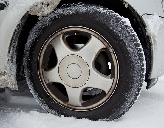 winter tyres compulsory in luxembourg for winter driving conditions. Black Bedroom Furniture Sets. Home Design Ideas